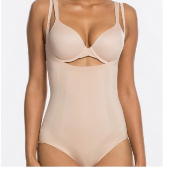 9fff452eec20a SPANX Intimates & Sleepwear | Assets Bodysuit Shaper Nude Size M ...